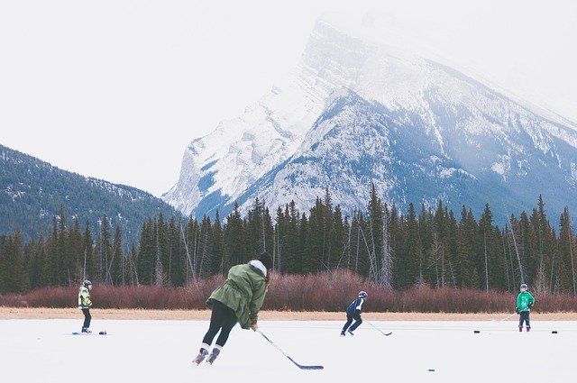 lodowisko-łyżwy-ferie-w-górach