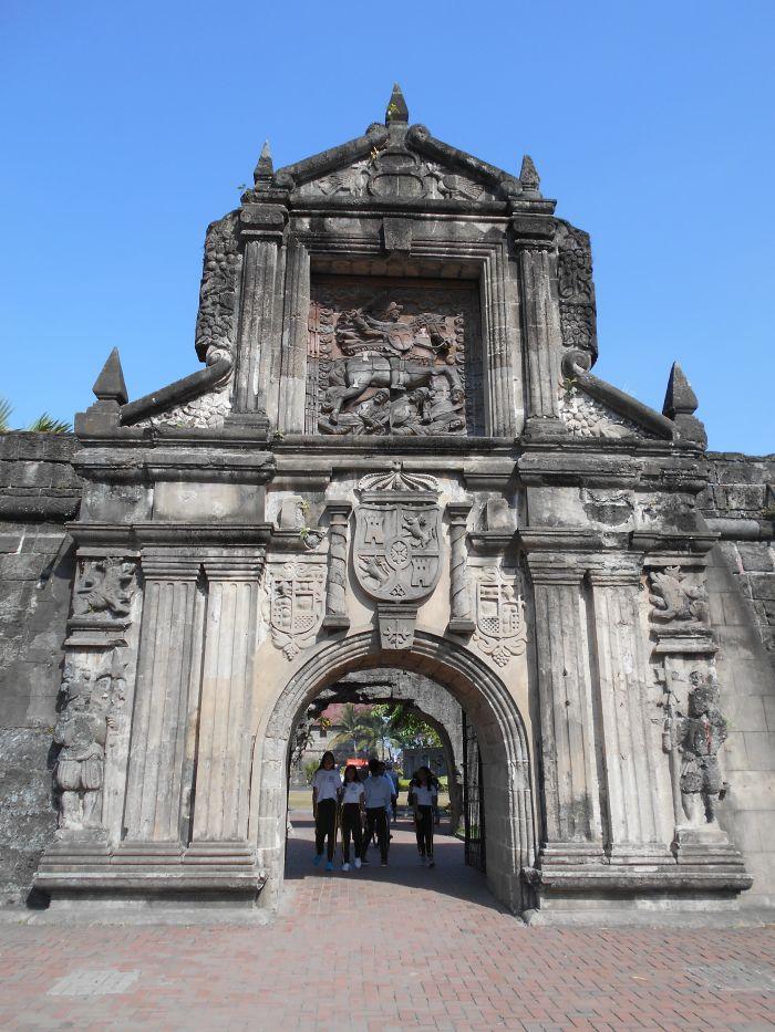 Brama wejściowa do Fortu Santiago