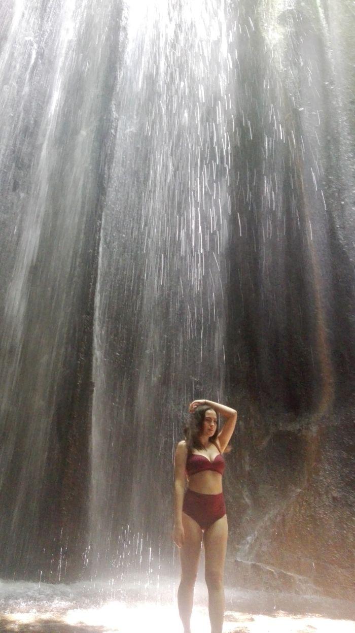 Wspaniały widok przy wodospadzie Tukad Cepung
